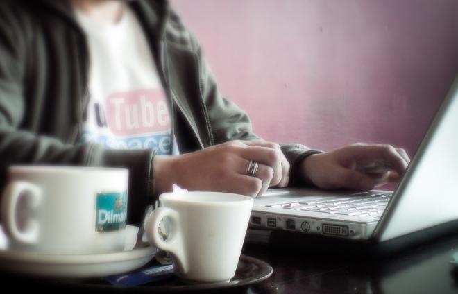 zebra-at-work-coffeeshop-flickr-3231240180_560762c9c1_o